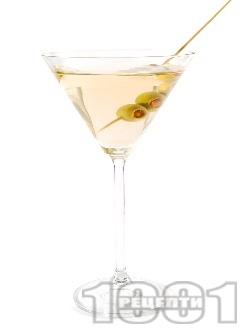 Коктейл Мартини (Martini) - снимка на рецептата